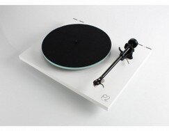 rega-planar-2-turntable (1).jpg
